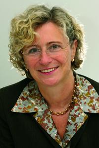 Pfarrerin Esther Gebhardt ist Vorstandsvorsitzende des Evangelischen Regionalverbandes Frankfurt. Foto: Ilona Surrey