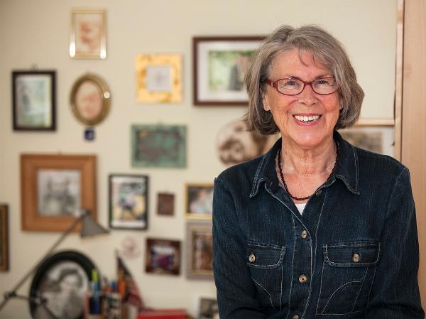 Für Heide Goralczyk sind gute Beziehungen in der Nachbarschaft wichtig. Deshalb besucht sie regelmäßig alte Menschen im Ostend. Foto: Ilona Surrey
