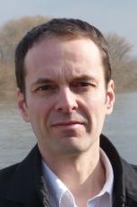 Georg Magirius ist freier Schriftsteller. Er lebt in Frankfurt am Main. Foto: Regina Westphal