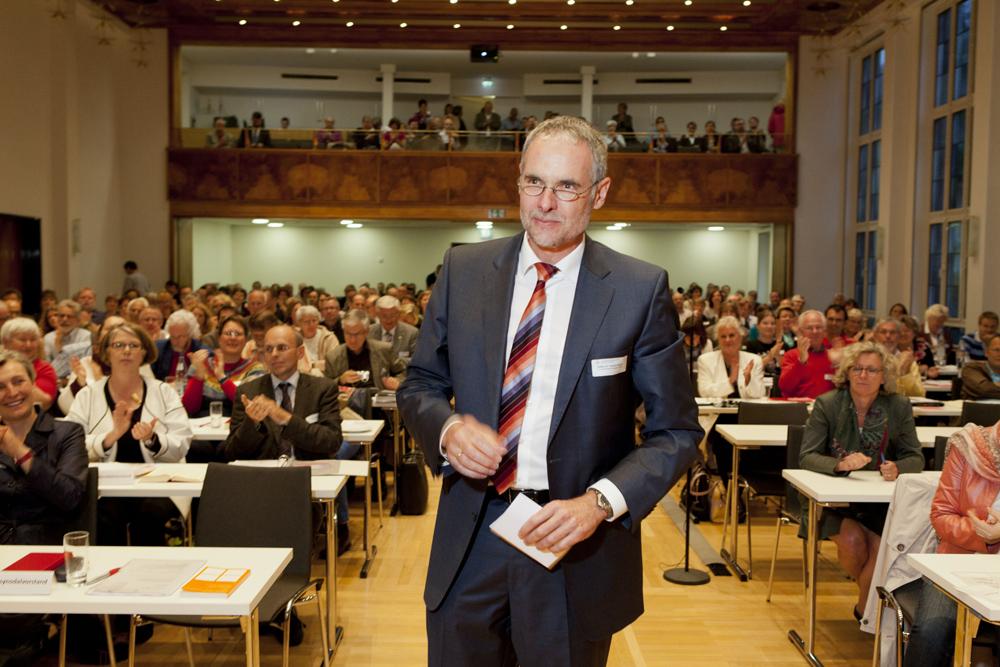 Achim Knecht nach seiner Wahl zum evangelischen Stadtdekan im Dominkanerkloster. Foto: Rolf Oeser
