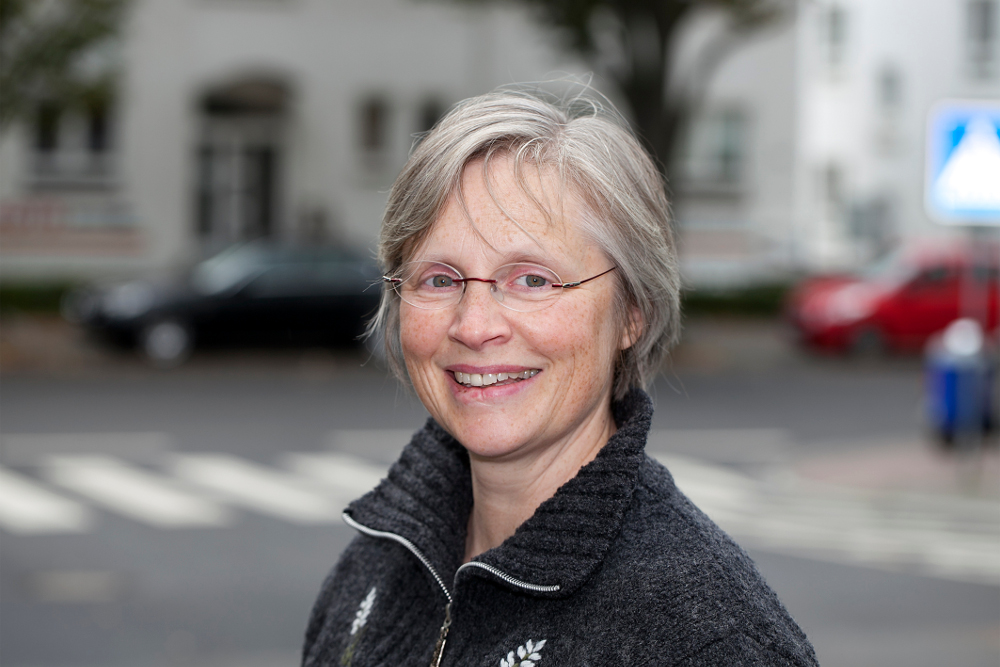 Susanne Kahlbaum ist Gefängnisseelsorgerin in der Frauen-JVA Preungesheim. Foto: Ilona Surrey