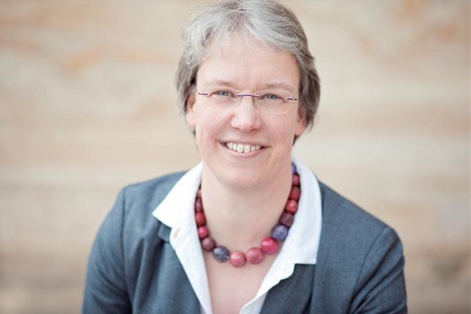 Anne Katrin Helms ist Pfarrerin in der Erlösergemeinde Oberrad. Foto: Nicole Kohlhepp / Medienhaus gGmbH
