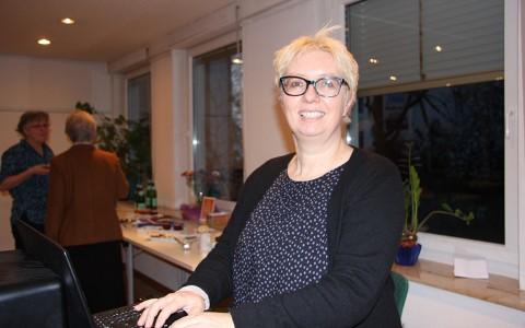 Antje Schrupp im Evangelischen Frauenbegegnungszentrum. Foto: Doris Stickler